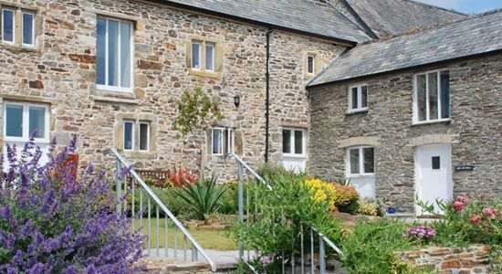 Farmhouse Bed & Breakfast and Self-catering Cottages | Near Newquay